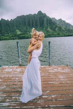 Secret Island - Barefoot Blonde by Amber Fillerup Clark Mom And Baby, Mommy And Me, Baby Kids, Cute Family, Family Goals, Baby Family, Cute Kids, Cute Babies, Barefoot Blonde