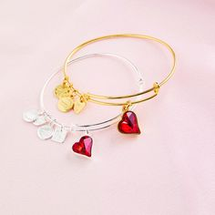 ALEX AND ANI CHARITY BY DESIGN (PRODUCT)RED Heart Of Strength Charm Bangle | Strength | The heart is all power – body, mind, and spirit. The pulse of life never skips a beat, propelling our lives with love. Harness the power of the Heart of Strength to bring fortitude to your life and to those around you. Love connects us and makes us invincible – love makes us strong.