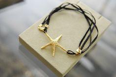 Ya solo falta un mes para que podais haceros con nuestra nueva colección ;)    ¿Que os parece nuestra pulsera estrella?