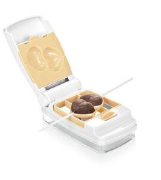 Utensilio para hacer pop cakes paso a paso| http://www.tescomaonline.es/hornear-69076/cortapastas-moldes-85076/delicia-utensilio-para-cake-pop-linea-delicia-6-formas--2295071/