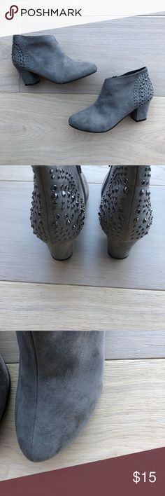 Forever 21 studded booties Forever 21 suede studded booties. Has a small flaw on outside left bootie and minimal ware on bottom pictured above. Size 8 Forever 21 Shoes Ankle Boots & Booties