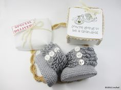 Pregnancy Announcement, Baby Gender Reveal, Gray baby shoes, Pregnancy Reveal, With Wood Buttons, Newborn Baby Boots, new baby gift, newborn by BUBUCrochet on Etsy