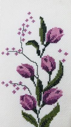 Cross Stitch Designs, Cross Stitch Patterns, Quilt Patterns, Crochet Patterns, Cross Stitch Rose, Cross Stitch Flowers, Embroidery Applique, Cross Stitch Embroidery, Palestinian Embroidery