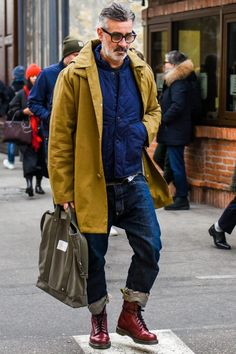 mens fashion trends which looks fabulous 87246 Style Casual, Men Casual, Casual Wear, Dress Casual, Mode Outfits, Fashion Outfits, Fashion Sites, Men's Fashion, Fashion Trends