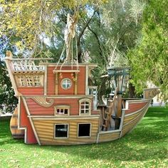 There was a super awesome pirate ship at a house near Snow College when I was there. I have wanted something similar ever since. Red Beards Revenge Pirate Ship Playhouse : Luxury Playhouses at PoshTots
