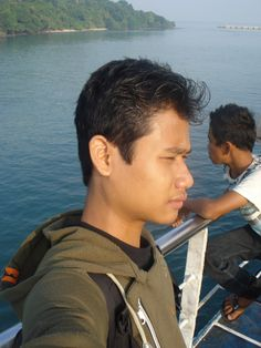 "feel the wind at ""merak"""