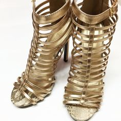 Feelin' caged in? Break out in these fabulous gold heels!✨ #iheartshimmer • Also available in black