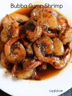 Make your own Bubba Gump Shrimp with this copycat recipe.  Recipe is from CopyKat.com.  #lowcarb #copycat