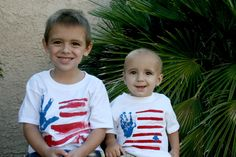 Easy to make 4th of July tee shirts for your whole family!