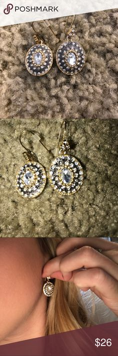 Stella and dot earrings A classic Stella and dot earring. So beautiful. Gold and navy Stella & Dot Jewelry Earrings
