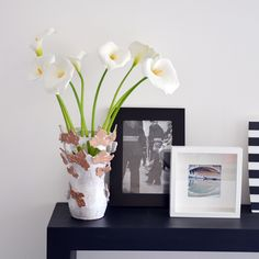 Vaso con foglie di vite incise, applicate al grezzo e traforate - Handmade Ceramic Vase with vine leaves