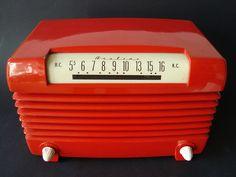 Bakelite Radio ca. 1949 from MarkAmsterdam on Flickr