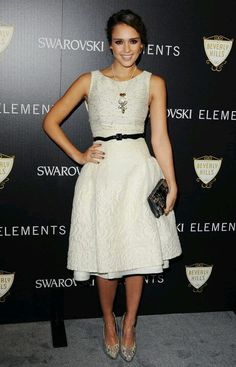 Jessica Alba dressed in Carolina Herrera