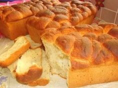 kondensmelk vere beskuit Picture South African Dishes, South African Recipes, Eggless Recipes, Cooking Recipes, Bread Recipes, Rusk Recipe, Crispy Cheddar Chicken, All Bran, Biscuit Recipe