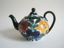 Schramberg Majolika Keramik Kanne Teekanne handgemalt Jugendstil um 1900