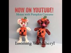 Rainbow Loom Mouse With Pumpkin Costume - Looming With Cheryl. Tutorial is Now on YouTube! charms / figures / gomitas / gomas. Please Subscribe ❤️❤ m.youtube.com/user/LoomingWithCheryl