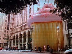 giant cupcake building