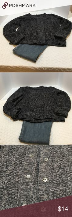 Croft & Barrow Gray & Black Snap Up Sweater Croft & Barrow gray & black snap up sweater. 60% cotton and 40% acrylic. His has button up snaps. Machine wash cold water. Only worn a few times. croft & barrow Sweaters Cardigans