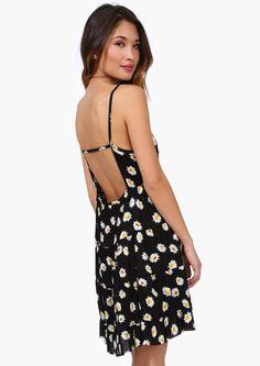 daisy dress. Loveee it.