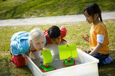 Techniek in het basisonderwijs. Spelenderwijs kennismaken met techniek. LEGO DUPLO techniek set.