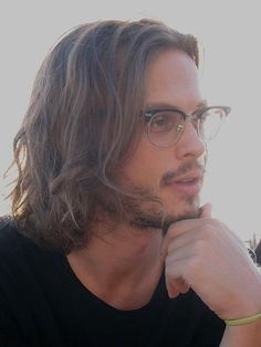 """Let's all just take a moment and appreciate the perfection."" Matthew Grey, Matthew Gray Gubler, Dr Reid, Spencer Reid Criminal Minds, John Mayer, Celebs, Celebrities, Celebrity Crush, Man Crush"