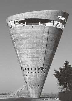 Grand Central Water Tower, Midrand, South Africa, 1996 by GAPP Architects & Urban Designers. (Photo: Coutesy GAPP Architects)