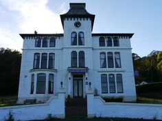 St Blane's Hotel, Kilchattan Bay, Argyll And Bute, Great Britain. Closed down and abandoned 5 years ago but still in very good shape.