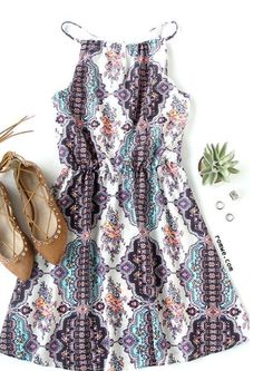 New Summer Dresses White Spaghetti Strap Tribal Print Dress. New Summer Dresses White Spaghetti Strap Tribal Print Dress. Mode Outfits, Fashion Outfits, Womens Fashion, Tribal Fashion, Skull Fashion, India Fashion, Asian Fashion, Fashion Shoes, Fashion Accessories