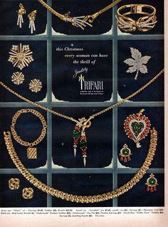 Trifari Fashion Costume Jewelry METEOR Scheherazade SNOWFLAKE Pin 1949 Print Ad #Trifari