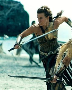 "How the Fiercest Warrior in ""Wonder Woman"" Kicked Her Way Into Hollywood Gal Gadot Wonder Woman, Wonder Woman Movie, Wonder Woman Cosplay, Amazons Wonder Woman, Dr Fate, Wonder Women, Badass Women, Warrior Princess, Marvel Dc"