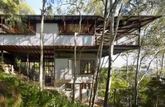 Architecture on the Market: Treetop House Is a Suspended Sanctuary in the Australian Forest - Architizer Journal Architect House, Architect Design, Peter Stutchbury, Avalon Beach, Kerala House Design, Kerala Houses, House Photography, Shed Homes, Wooden Decks
