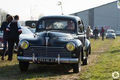 Peugeot 203 au Rétros du Plateau par News d'Anciennes