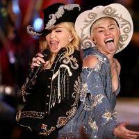 Miley y Madonna se 'desenchufan' en un dueto de ¡lenguas! | Excélsior