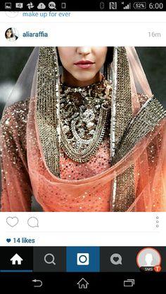 Snap shot from instagram. Alia rafia has great choice! Love the colours! #dupatta peach #silver