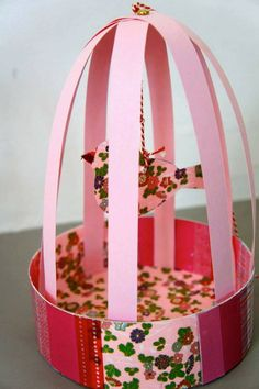 Have fun with DIY bird cage decorations by taking ideas from the awesome collection of ideas handpicked for you. Decorate your home with kids DIY bird cages, bird cage planters for garden and more. Kids Crafts, Diy Crafts To Do At Home, Diy Crafts For Adults, Fun Diy Crafts, Homemade Crafts, Preschool Crafts, Easter Crafts, Crafts To Sell, Arts And Crafts