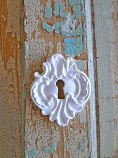 """Vintage Keyhole is approx. 2 1/8"""" x 1 3/4"""" EASY TO USE ~ JUST GLUE ON ~ with any all purpose glue. Appliques are made of Resin and Wood Fillers and are Ben"""