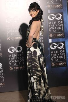 'Jhalak Dikhla Jaa' runner up Lauren Gottlieb brought sexy back in a printed evening gown at GQ Men of the Year Awards. Bollywood Fashion, Bollywood Actress, Gq Awards, Indian Express, Gq Men, Latest Pics, Evening Gowns, Photo Galleries, Bring It On