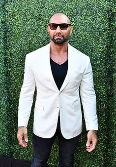 Wrestler turned actor Dave Bautista just revealed the name of his character in a behind-the-scenes photo from the set of Denis Villeneuve's 'Dune' remake. Batista Wwe, Galaxy Movie, Dave Bautista, James Gunn, Stud Muffin, Wwe Champions, Wrestling Superstars, Jason Statham, Sports Stars