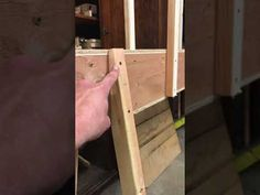 Building strong back Make A Boat, Build Your Own Boat, Canoes, Kayaks, Simple Boat, Strong Back, Boat Building Plans, School Projects, Epoxy