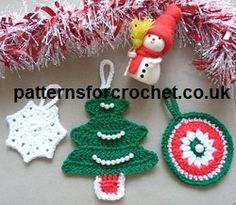 Free crochet pattern for Christmas tree decorations from http://patternsforcrochet.co.uk/tree-decs-usa.html #crochet #patternsforcrochet #freecrochetpatterns