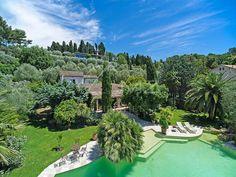 Single Family Home for Sale at Sale - Villa Mougins (Notre-Dame-de-Vie) Mougins, Provence-Alpes-Cote D'Azur,06250 France