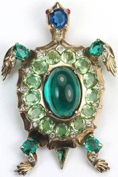 """Trifari Sterling 'Alfred Philippe' """"Sapphire"""", """"Emerald"""" Cabochon and Peridot Turtle Pin Clip, 1946"""