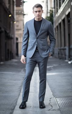 Ashley-Weston-2-Button-Gray-Notch-Lapel-Suit-Look-3-Full.jpg (650×1031)