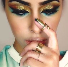 gold make up little blue