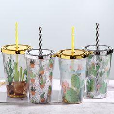 gold lid plastic drinking cup cactus plastic cup with straw Plastic Cup With Straw, Plastic Mugs, Plastic Tumblers, Disney Cups, Cute Water Bottles, Cool Glasses, Cute Cups, Plastic Design, Starbucks Tumbler