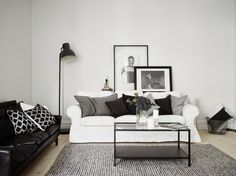 'Minimal Interior Design Inspiration' is a biweekly showcase of some of the most perfectly minimal interior design examples that we've found around the web - Living Room Interior, Home Living Room, Living Room Decor, Living Spaces, Estilo Interior, Interior Styling, Simple Interior, Contemporary Interior, Living Room Inspiration