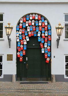Copenhagen, Denmark 26 Beautiful Doors From Around The World Cool Doors, The Doors, Unique Doors, Windows And Doors, Front Doors, Jaipur, When One Door Closes, Knobs And Knockers, Vintage Doors