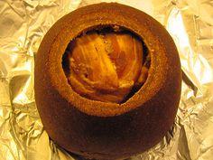 El Kalakukko es una de las recetas finlandesas más extrañas e interesantes. Primo hermano del hornazo castellano-leonés, el Kalakukko usa..