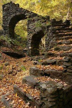 Mt Sherri castle ruins, New Hampshire
