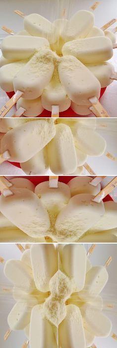 HELADO CASERO DE LECHE EN POLVO... #gelato #helados #receta #recipe #nestlecocina #casero #heladitos #cocina #buddyvalastro #crema #chocolate Bata todos los ingredientes en el mixer o licuadora, pon en forminhas de paleta o vasos con palito de helado y... Sorbet Ice Cream, Ice Cream Pies, Frozen Desserts, Summer Desserts, Paleo Dessert, Dessert Recipes, Bien Tasty, Sorbets, Crazy Cakes